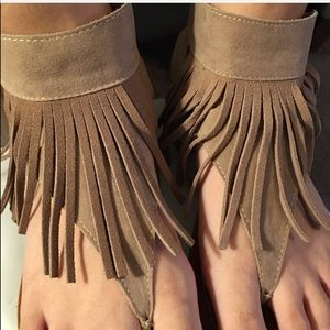 Restricted Fringe Sandals sz 6.5 in taupe